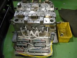 BMC金型